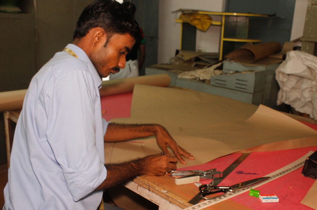 Suraj, our sampling master works on developing all the patterns - the foundation of well contructed garments.